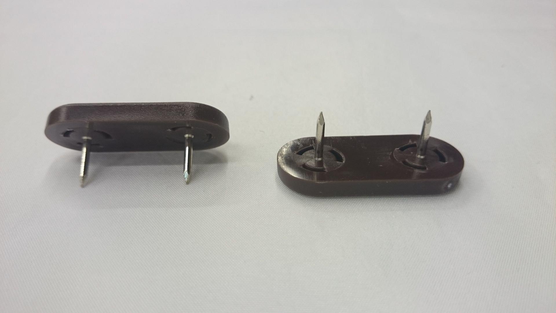 Möbelgleiter 72 mit 2 Nägeln weiß oder braun Stuhlbeingleiter